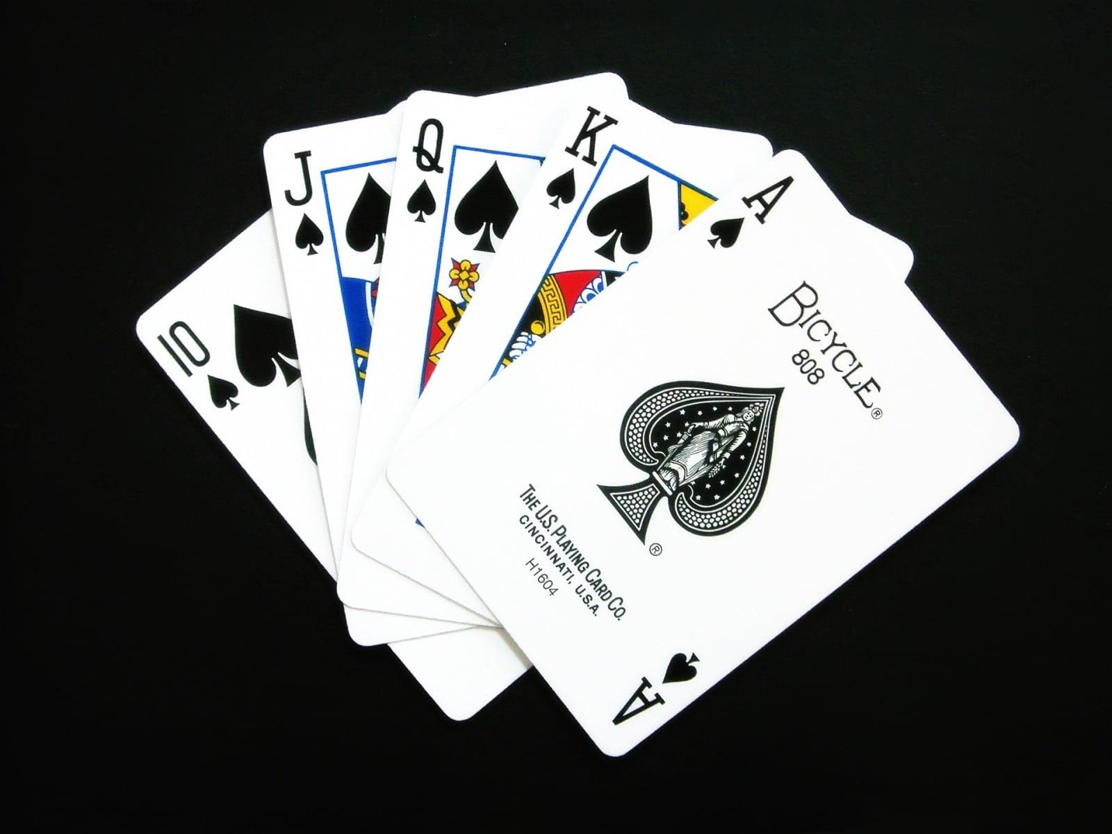 Casino en ligne : Jouez à une multitude de jeux de chez vous